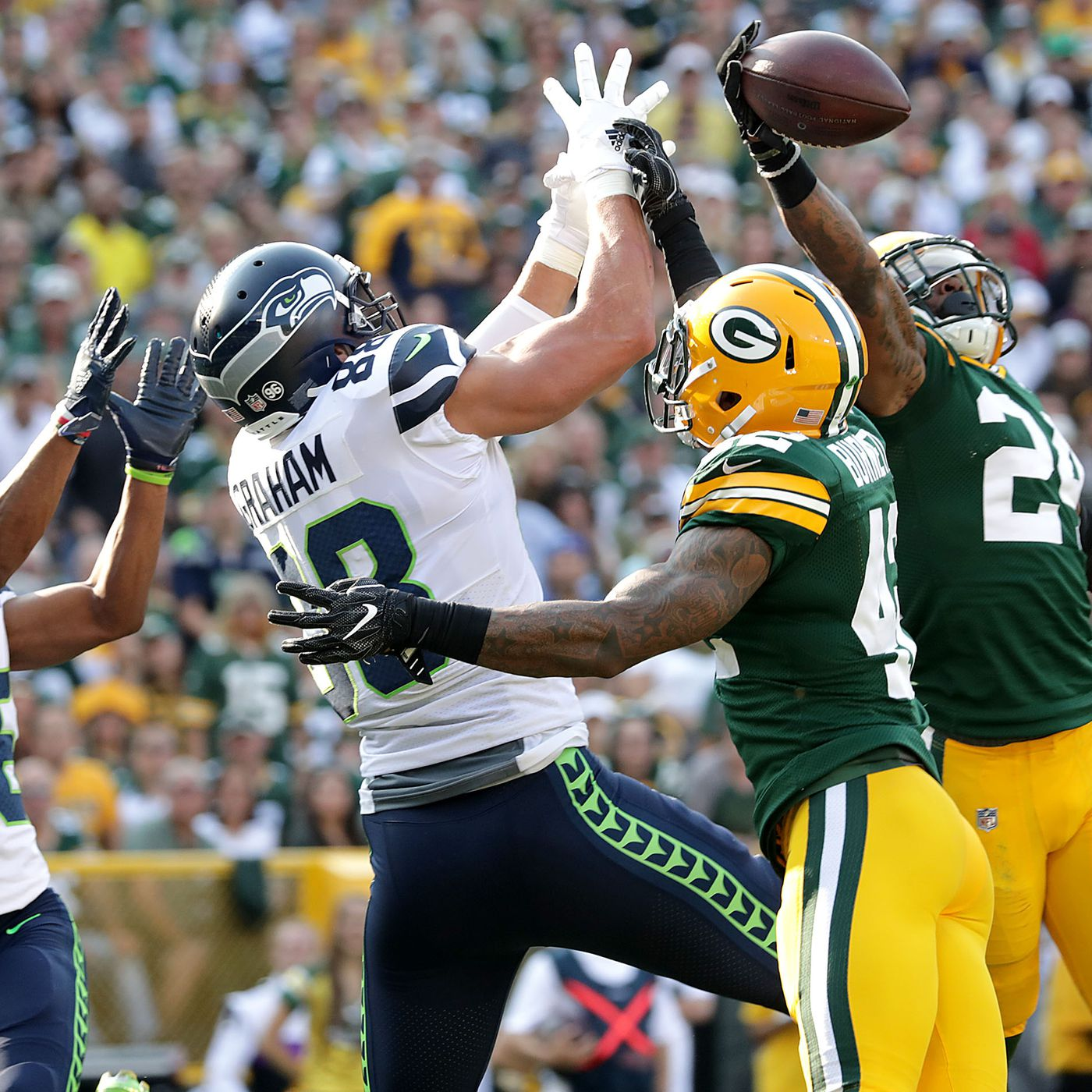 cc87a795c3d Packers vs. Seahawks 2018 live stream: Start time, TV schedule, and how to  watch online