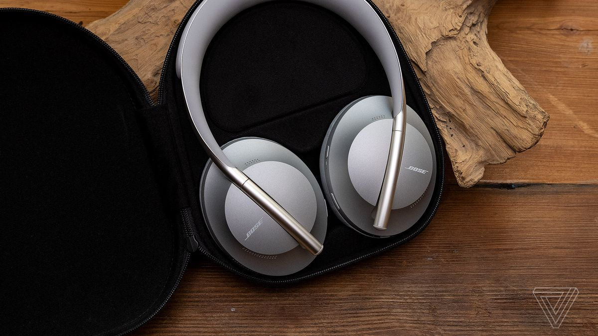 a4640b6aaae Bose's Noise Cancelling Headphones 700 have the upgrades we've been waiting  for - The Verge