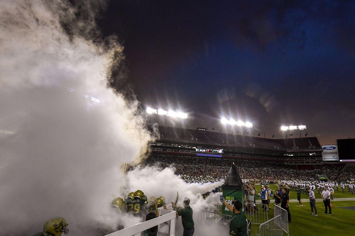 NCAA Football: Wisconsin at South Florida