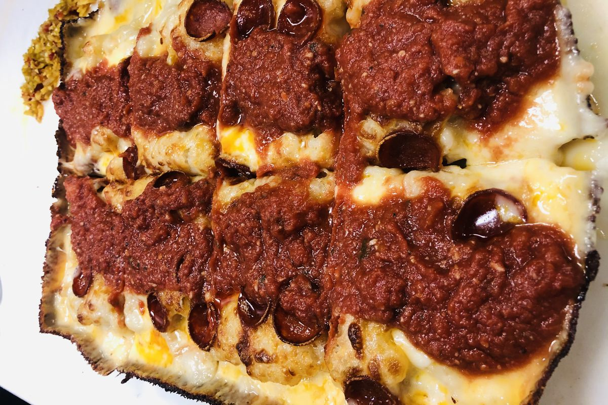 Detroit-style pies just landed in Navy Yard.