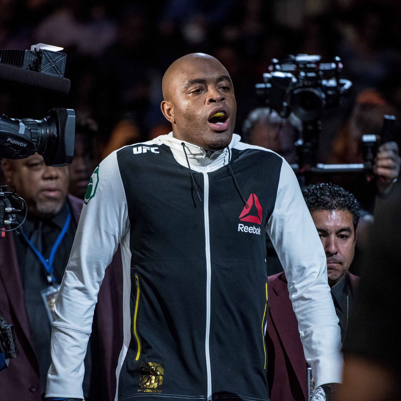 Anderson Silva Changes Walkout Song For Ufc 208 Bout With