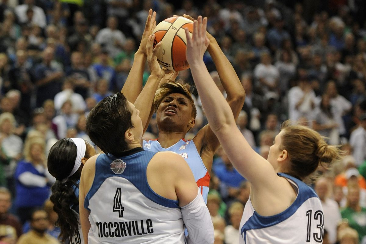 A frustrating night for Angel McCoughtry contributed to the Atlanta Dream's loss in Game 2 of the WNBA Finals.