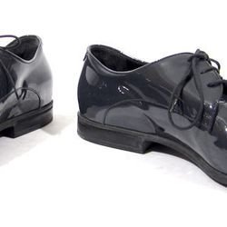 Men's Gucci dark grey patent leather dress shoes