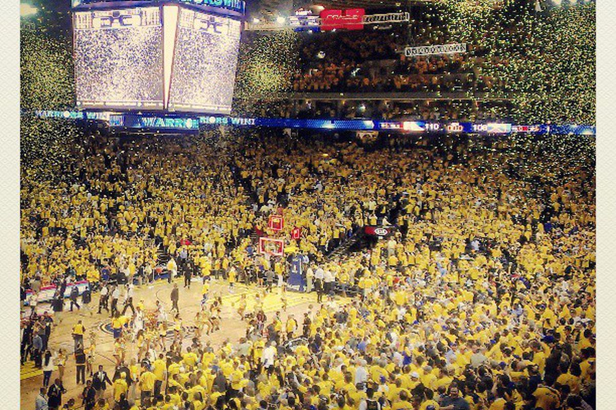Oracle Arena celebrates a Game 3 win.