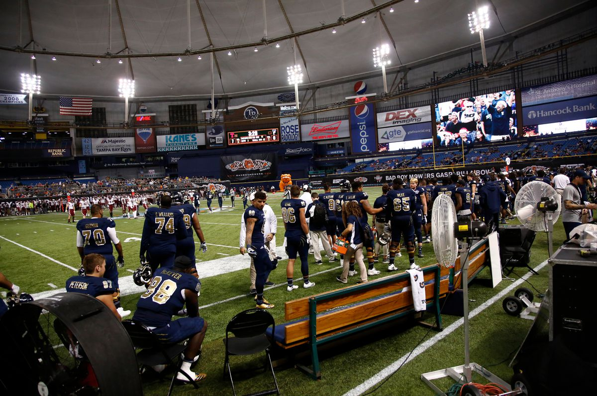 Bad Boy Mowers Gasparilla Bowl - Florida International v Temple