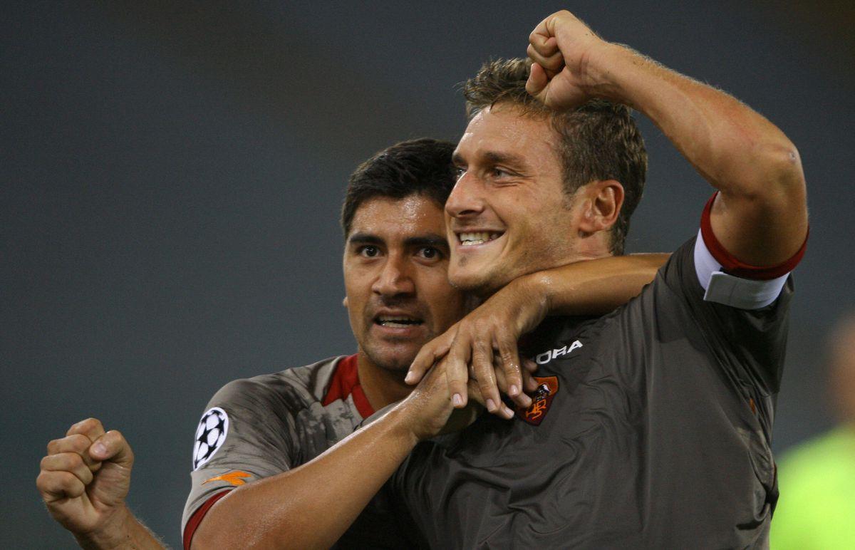 AS Roma's captain Francesco Totti celebr