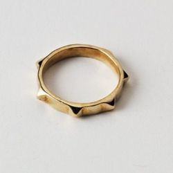 Sahara ring in pink bronze.