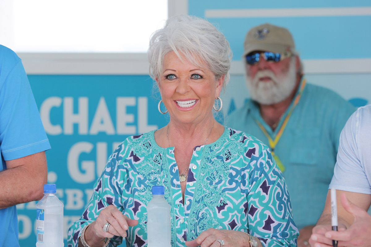 Paula deen photo getty images - Photo Alexander Tamargo Getty Images For Food Network Sobe Wine Food Festival