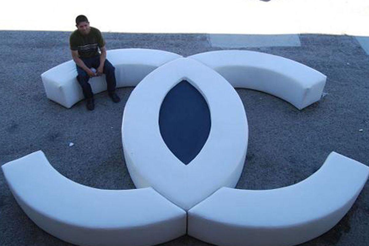 "Chanel sofa via <a href=""http://blogs.fashionweekdaily.com/?p=22650"">FWD</a>"