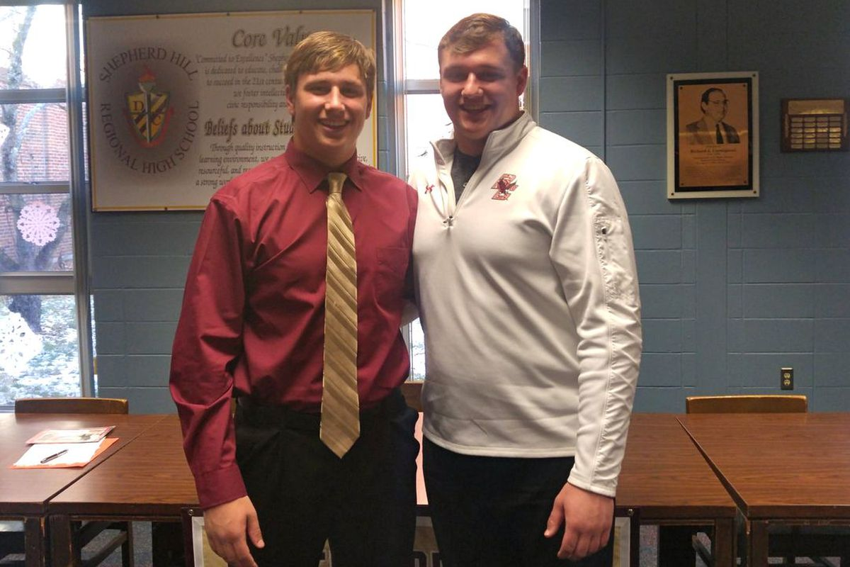 Alec Lindstrom (left) signed his National Letter of Intent to play for the Eagles, joining his brother Chris Lindstrom (right).