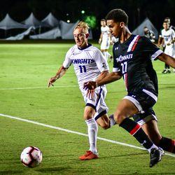 UCF defeats Cincinnati 1-0 to claim the American Conference regular season Championship.