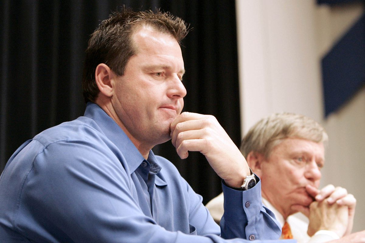 Roger Clemens, left, a former pitcher with the New York Yank