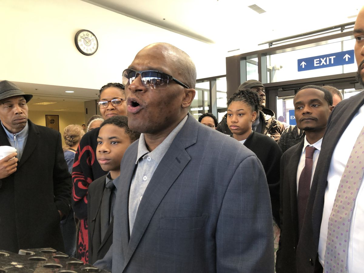 James Gibson addresses reporters in the lobby of the Leighton Criminal Court Building on Friday, April 26, 2019.   Andy Grimm for the Sun-Times