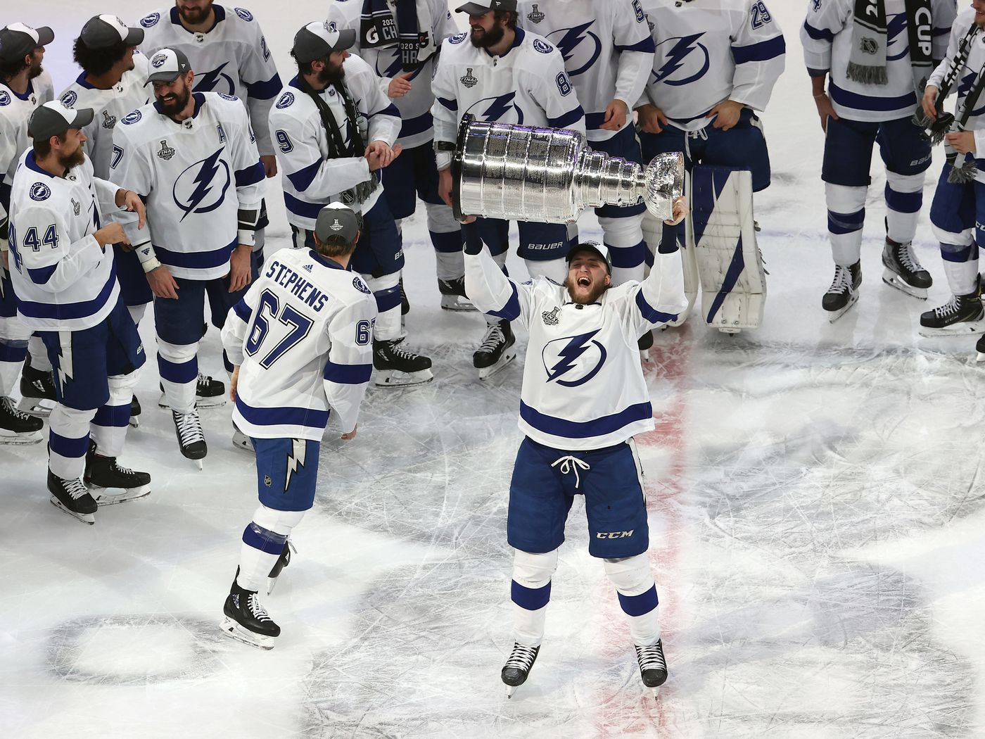 2020 Stanley Cup Champions Tampa Bay Lightning Names On The Cup Raw Charge