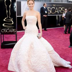Jennifer Lawrence's stunning, full-skirted Dior Haute Couture.