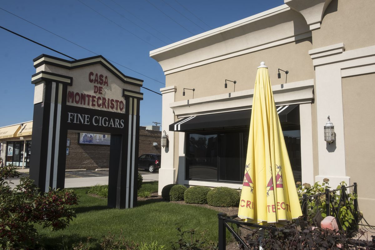 The Countryside cigar lounge that for a time was frequented by Jeffrey Tobolski and numerous other political figures.