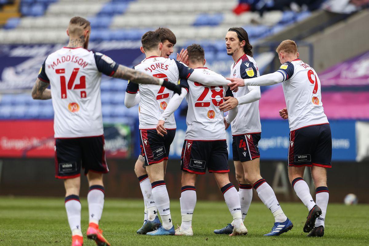 Bolton Wanderers v Stevenage - Sky Bet League Two