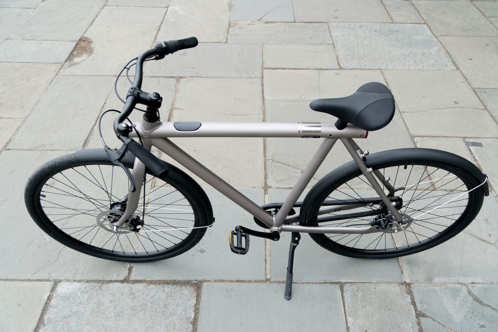 Vanmoof S Connected Bikes Are Easy To Ride And Hard To