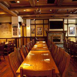 "<a href=""http://la.eater.com/archives/2012/07/13/story_tavern_a_new_beer_bar_and_more_serving_burbank.php"">LA: <strong>Story Tavern</strong>, a New Beer Bar and More Serving Burbank</a> [Elizabeth Daniels]"