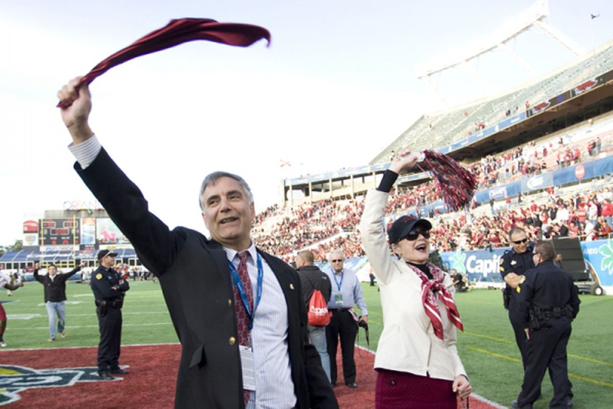 <em>USC President Harris Pastides:  Great School Spirit.</em>