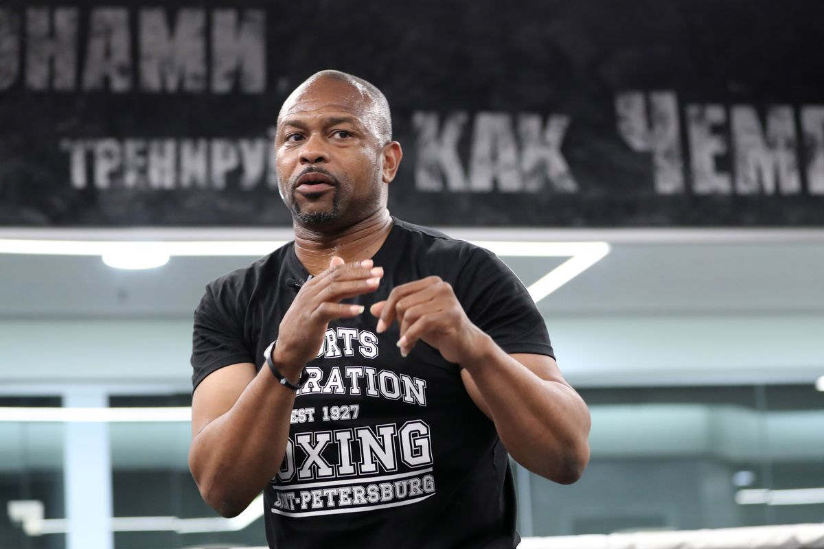 American boxer Roy Jones Jr gives master class in St Petersburg, Russia