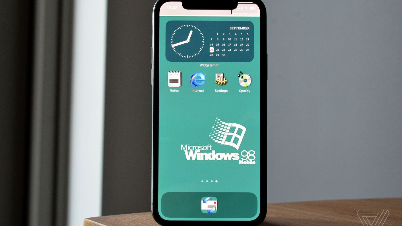 How To Customize Your Iphone S Home Screen With Widgets And App Icons The Verge