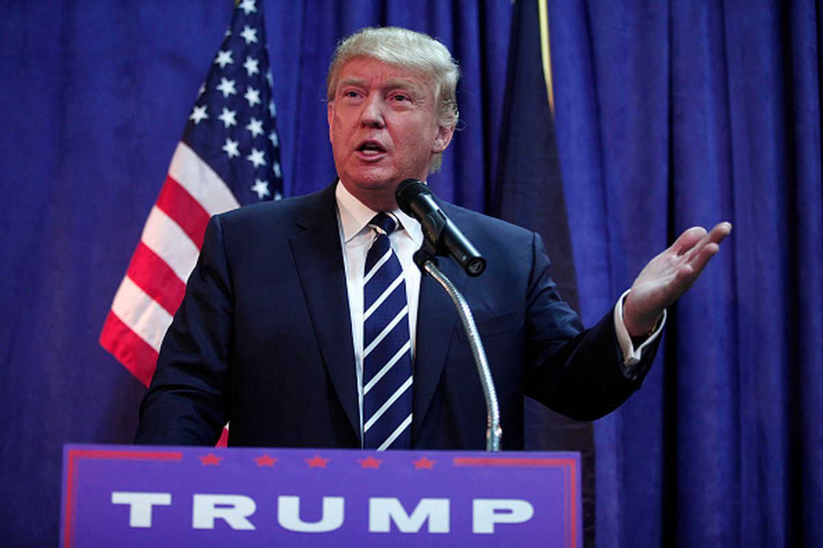 Republican presidential candidate Donald Trump speaks at a press conference before delivering the keynote address at the Genesee and Saginaw Republican Party Lincoln Day Event August 11, 2015 in Birch Run, Michigan.