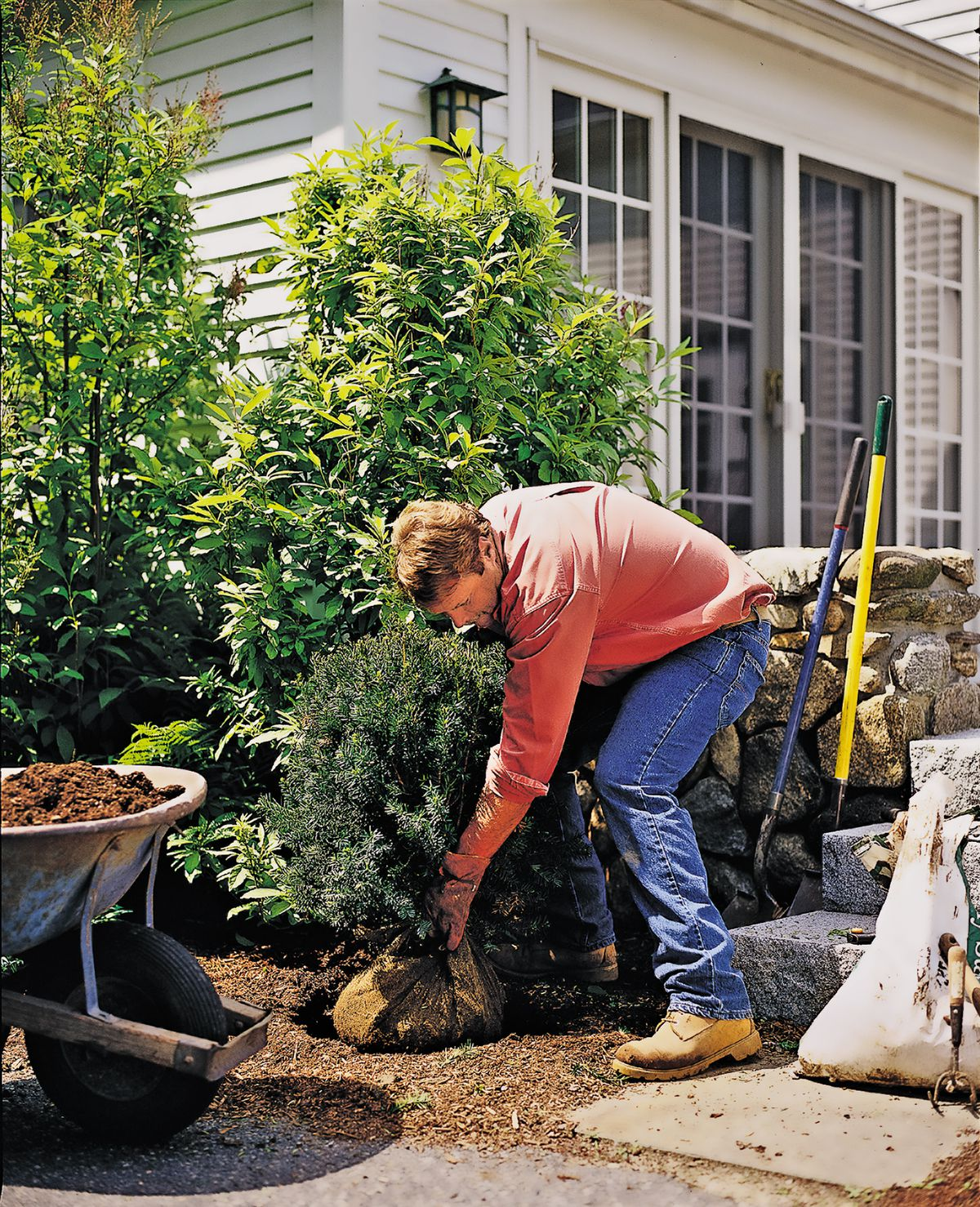 <p>Roger recommends getting your yard cleaned up and your equipment tuned up before winter sets in.</p>