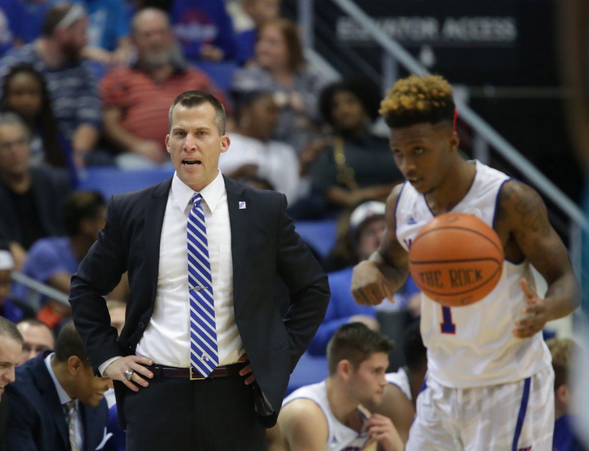 NCAA Basketball: Coastal Carolina at Texas-Arlington