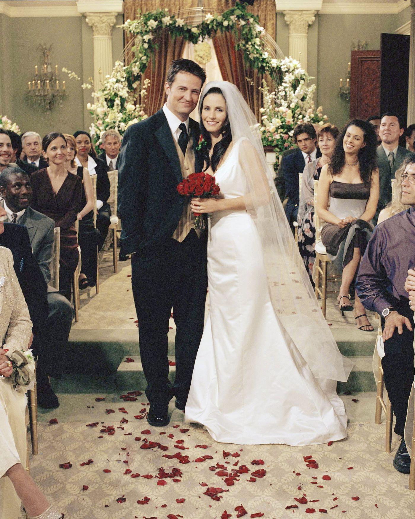 friends_ross_monica_wedding Best Of Friends Monica Wedding Dress @bookmarkpages.info