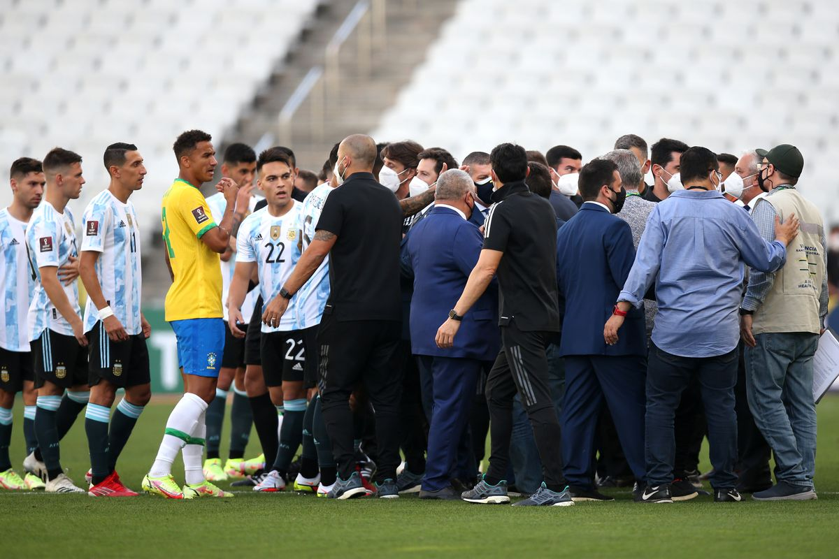 Health authorities interrupt the match as they argue with players of Argentina and Brazil during a match between Brazil and Argentina as part of South American Qualifiers for Qatar 2022 at Arena Corinthians on September 05, 2021 in Sao Paulo, Brazil.