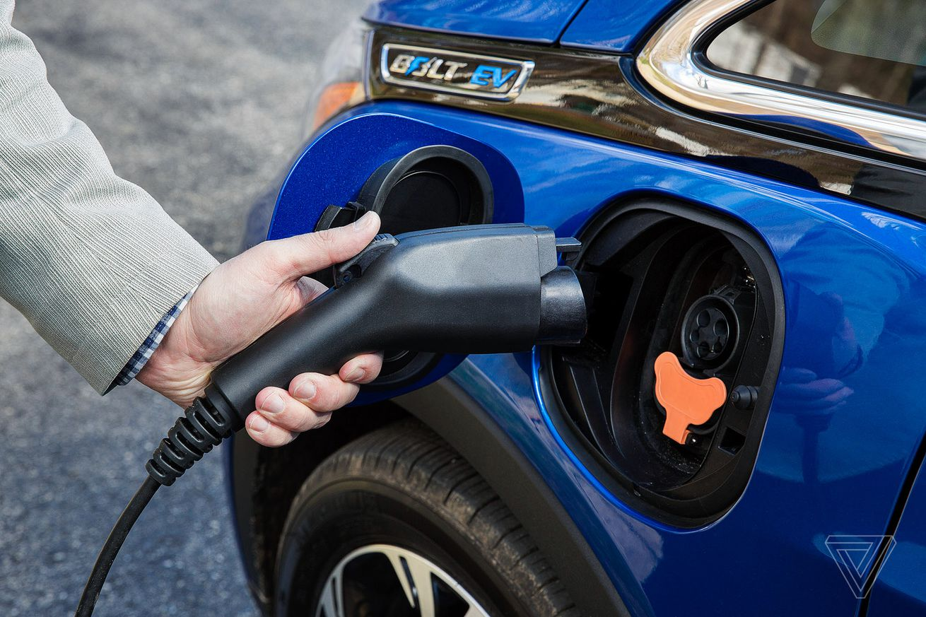 gm challenges trump administration to start a nationwide zero emissions vehicle program