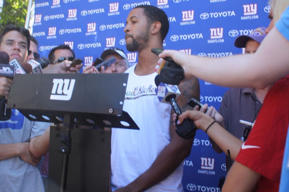 Terrell Thomas speaks to reporters at Giants training camp. (Photo by Ryan Valentine/Big Blue View)