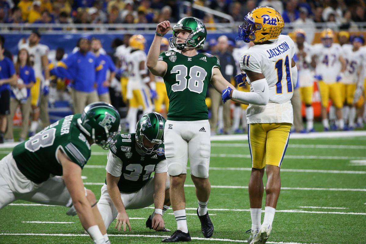 大学橄榄球:12月26日Quick Lane Bowl  -  Pitt V Eastern Michigan