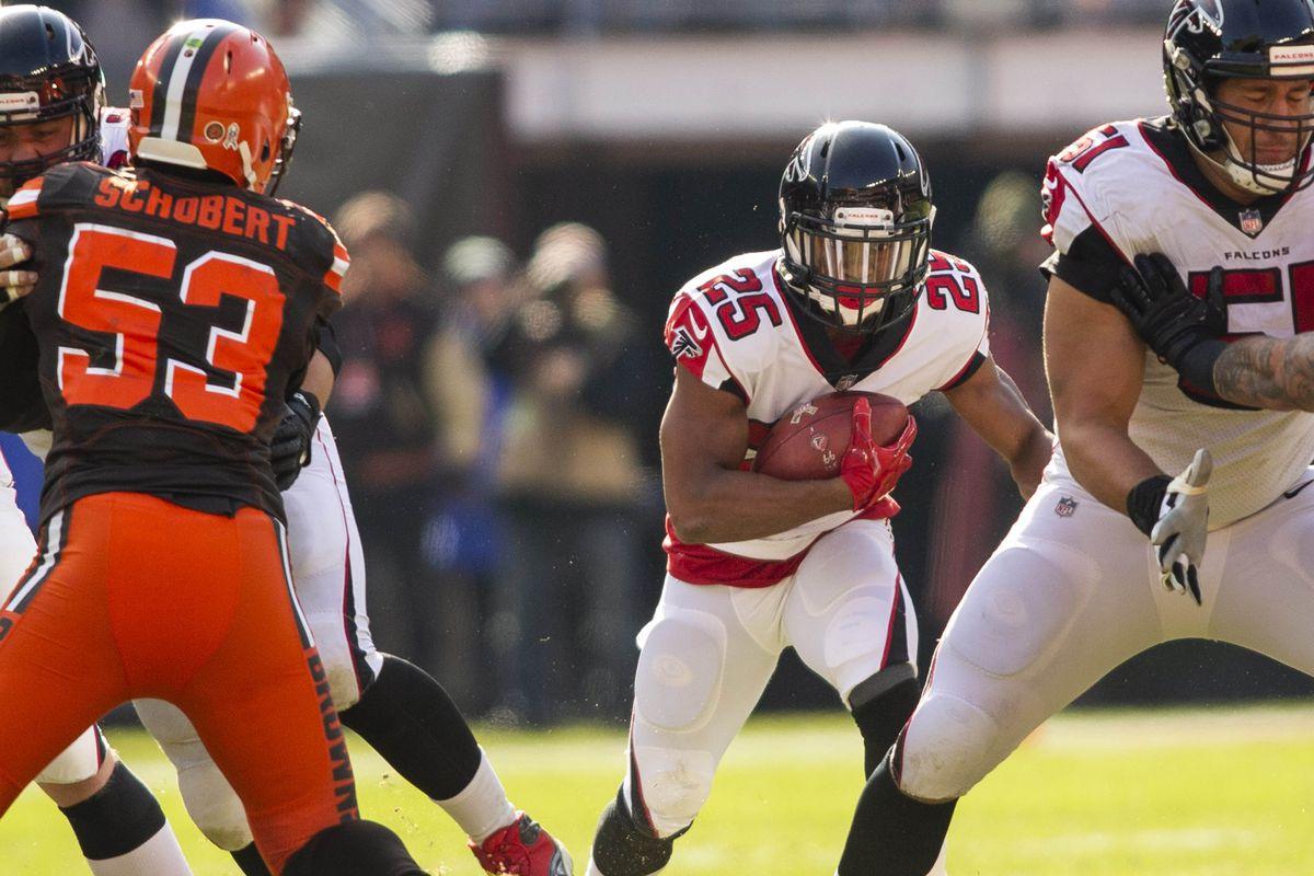 NFL: Atlanta Falcons at Cleveland Browns