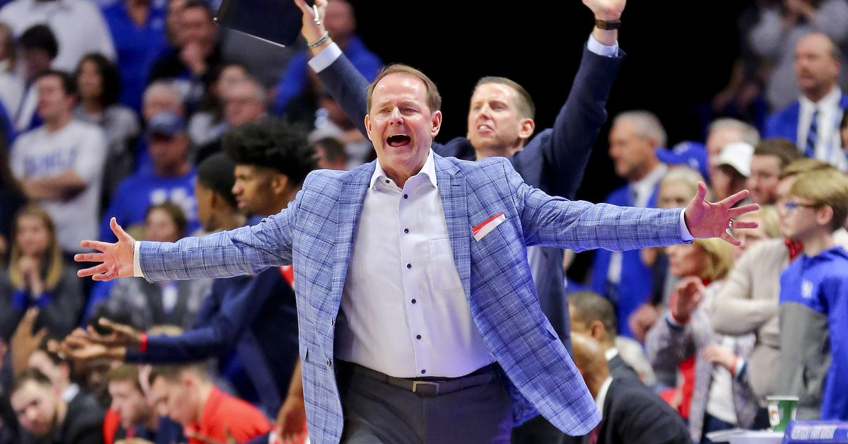 Ole Miss basketball fans are still confident in the direction of the program. As they should be