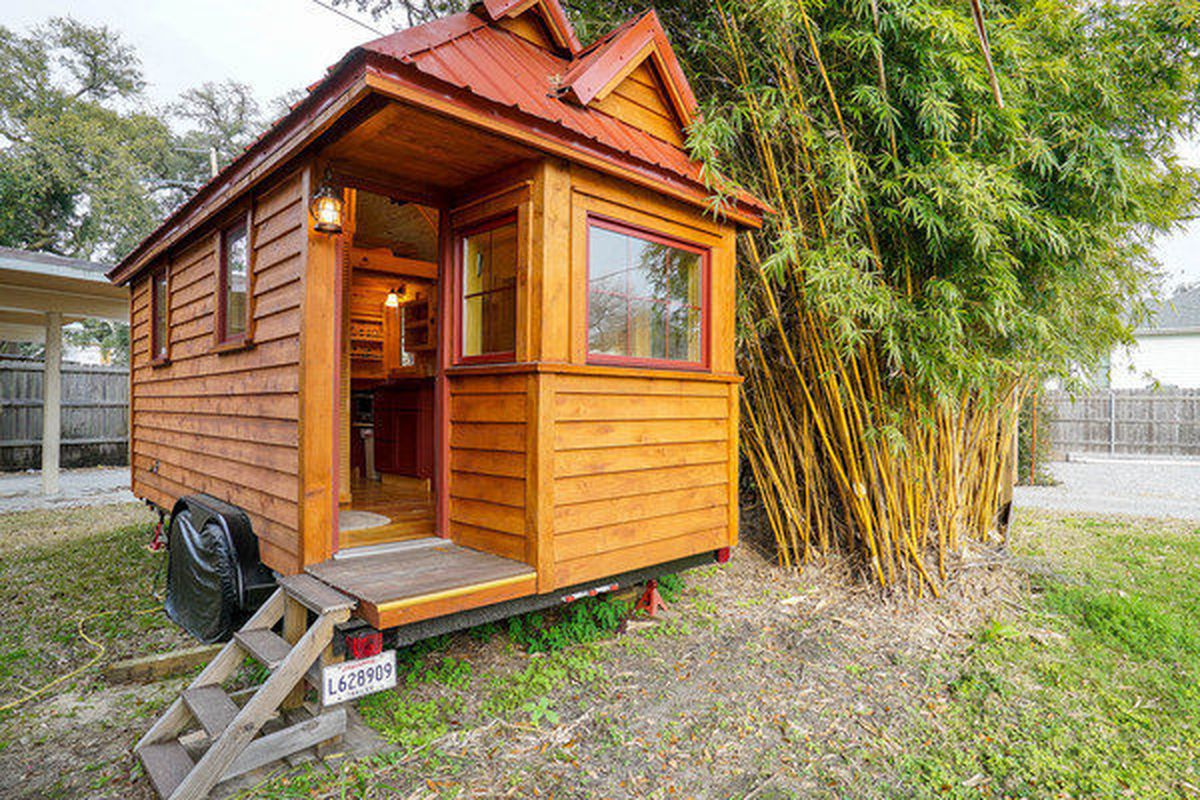 This Very Tiny 126 Sq Ft House Asks 29 900 Curbed New Orleans