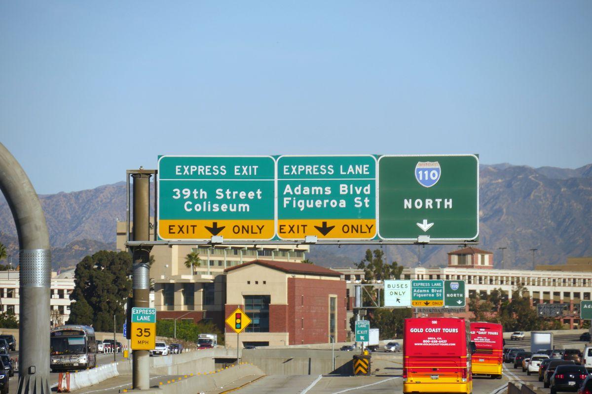 metro will stop requiring fastrak transponders on freeway