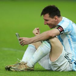 Messi calls his family after the win