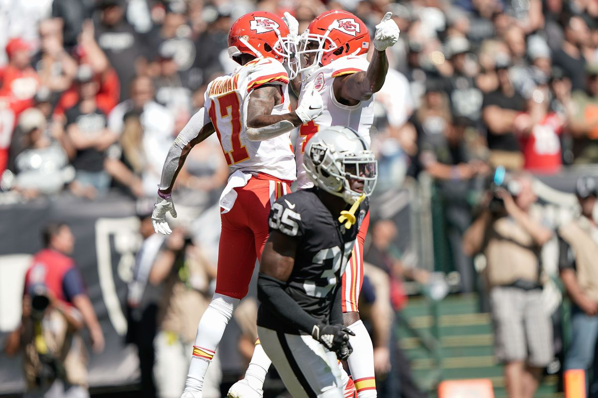 Five winners and four losers from Chiefs' 28-10 win over the Raiders