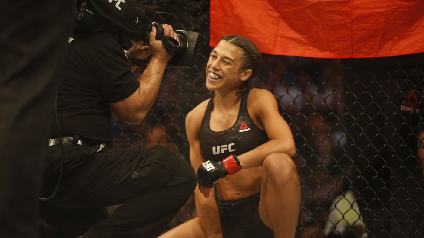 Joanna Jedrzejczyk wouldn't sign Michelle Waterson contract unless Weili Zhang title fight was guaranteed