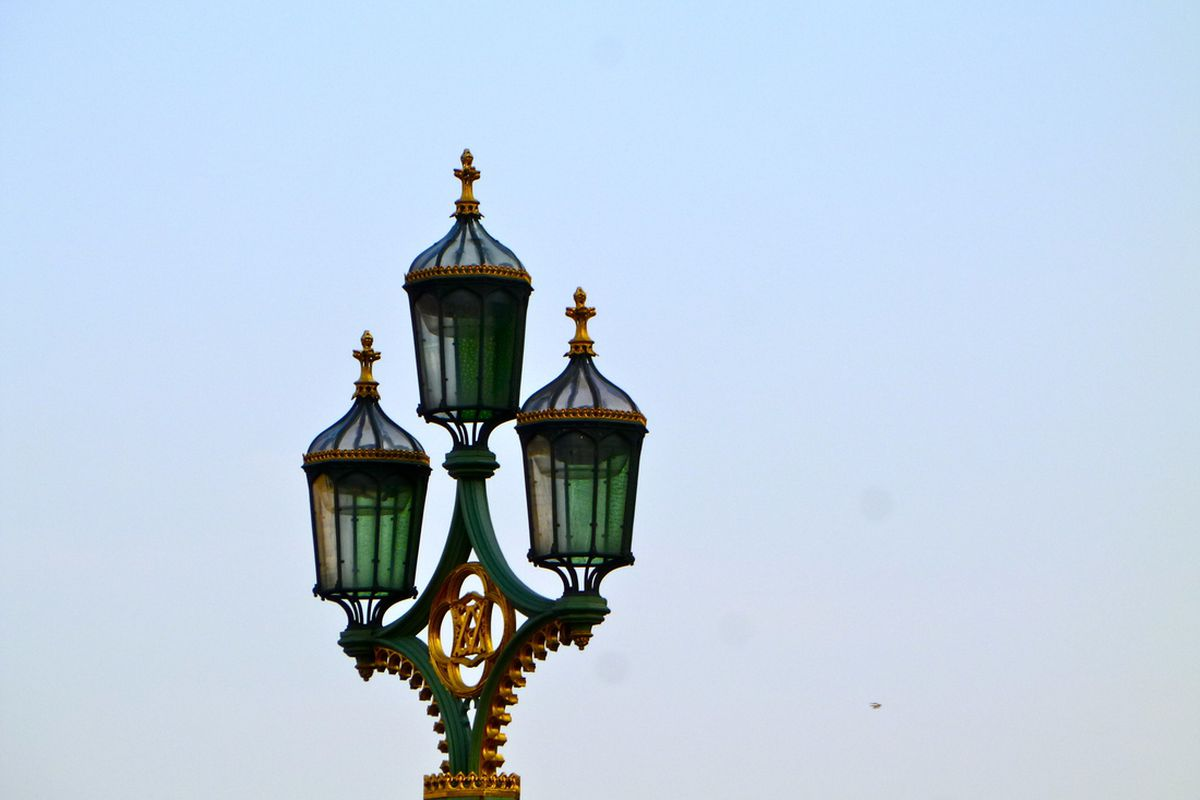 London To Deploy 14 000 Ipad Controlled Smart Street Lights