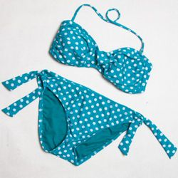 "<a href=""http://www.target.com/Xhilaration-Juniors-Bandeau-Swim-Buttons/dp/B004OR6QMQ/ref=sr_1_14?ie=UTF8&searchView=grid5&keywords=polka dot bikini&fromGsearch=true&sr=1-14&qid=1308174806&rh=&searchRank=target104545&id=Xhi"