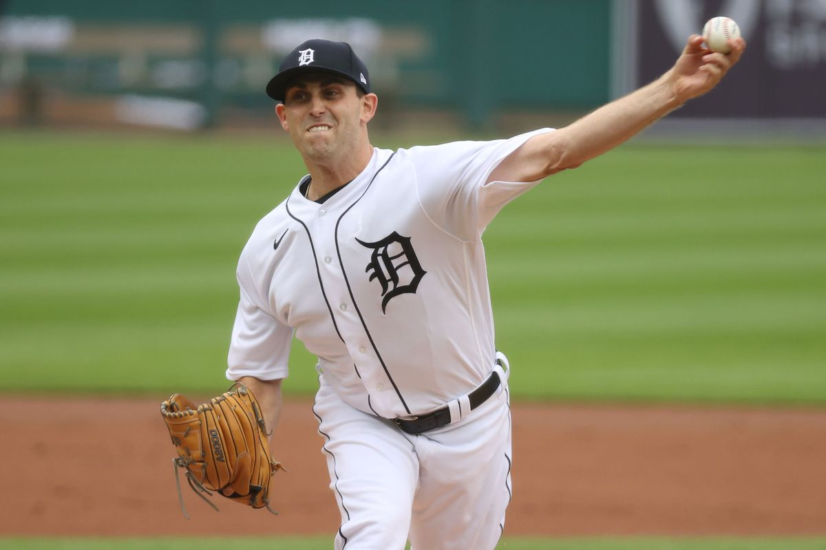 Milwaukee Brewers v Detroit Tigers