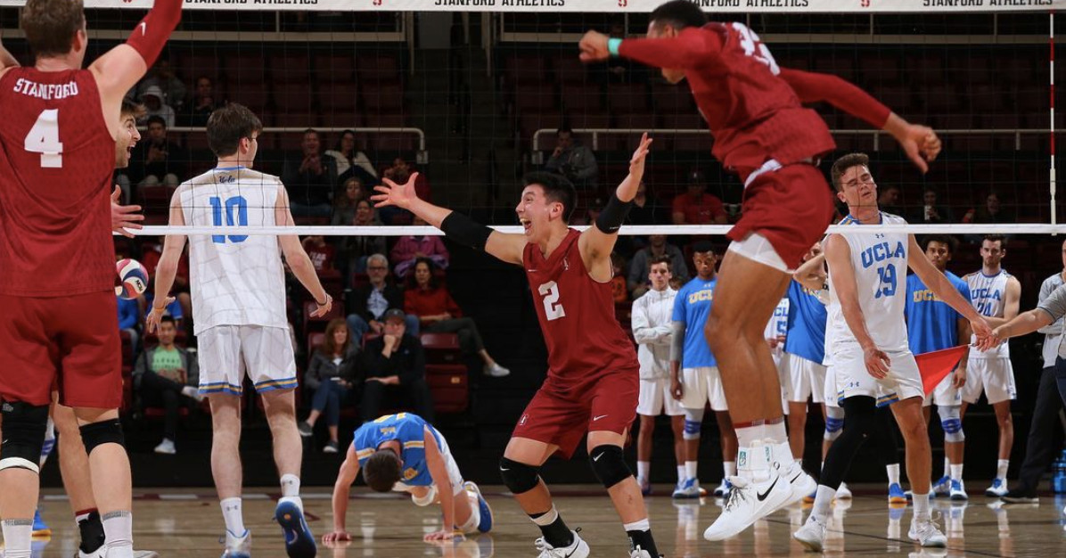 Gay volleyball player builds deep bond with team after