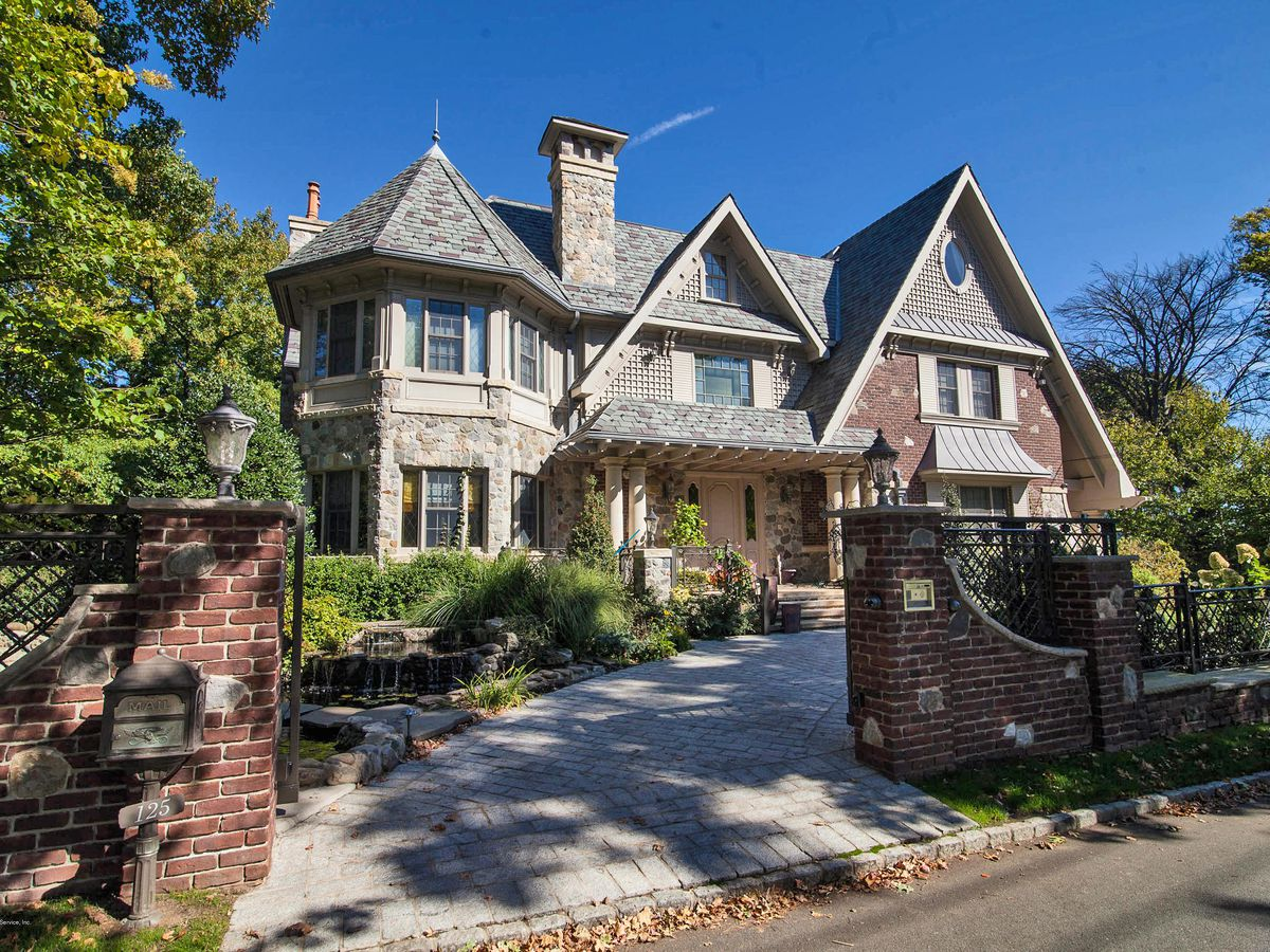 Staten island s most expensive homes for sale curbed ny for New york luxury homes