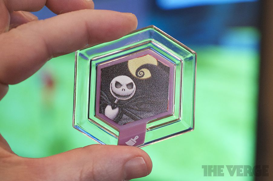 In Disney Infinity Worlds Collide In Your Virtual Toy