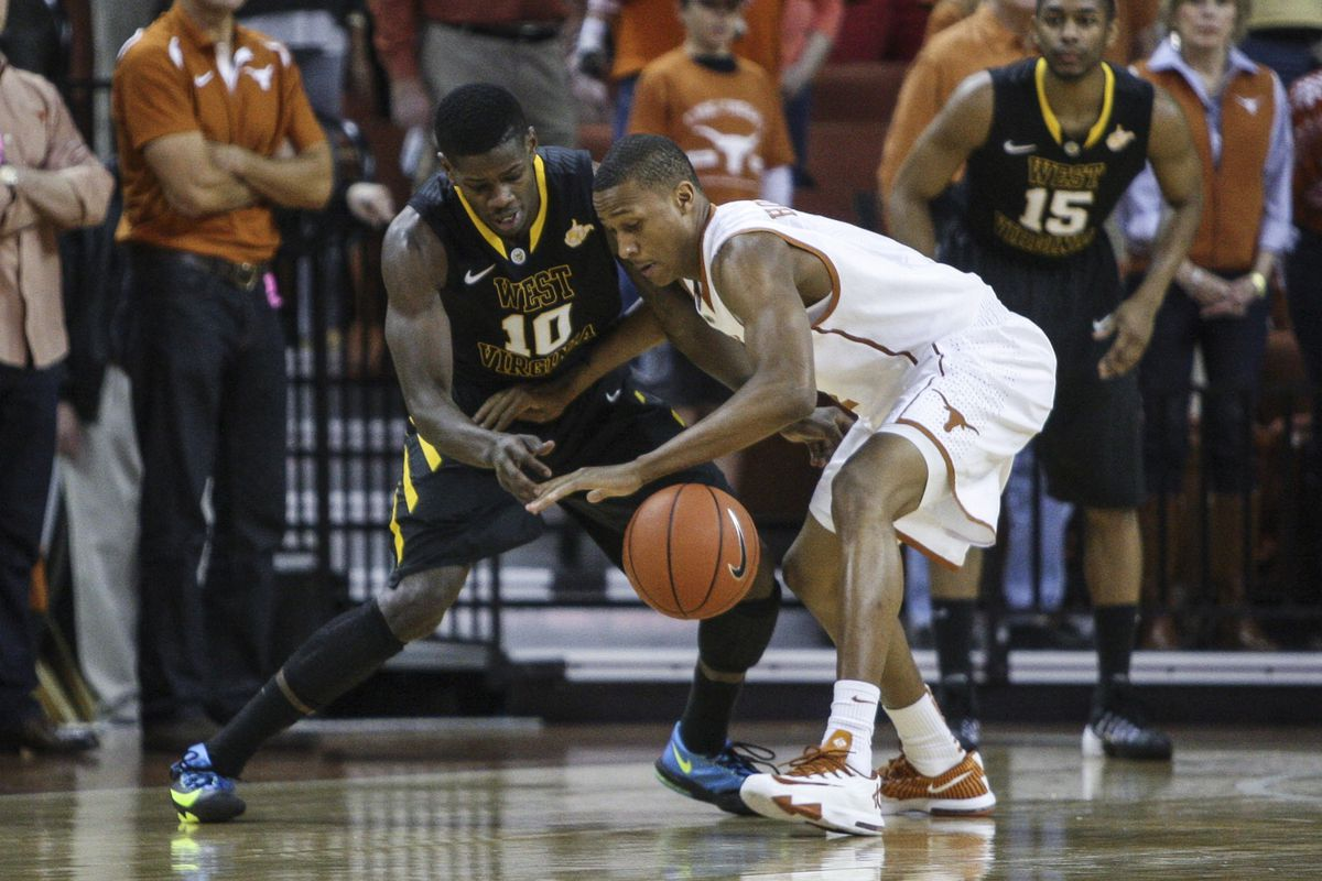 Plays like this are part of the reason why Texas was better with Demarcus Holland on the floor than it was when he sat.