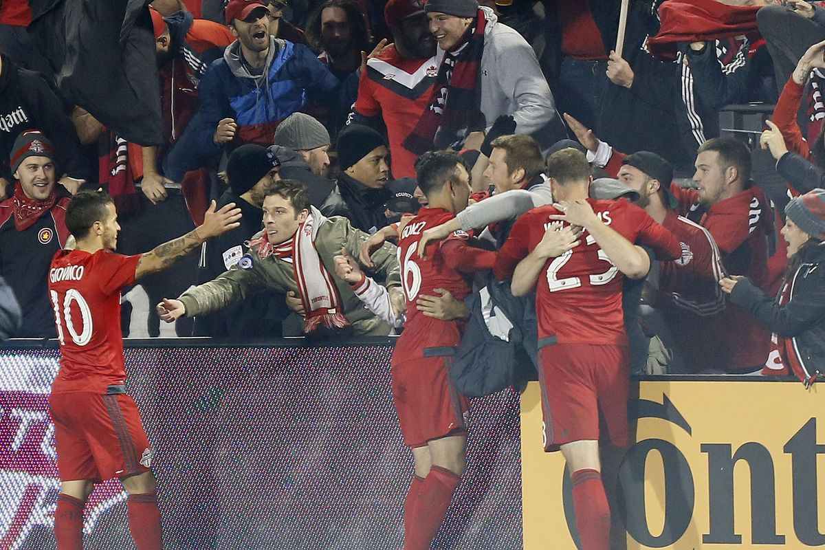 Gomez and Co. celebrate with the fans