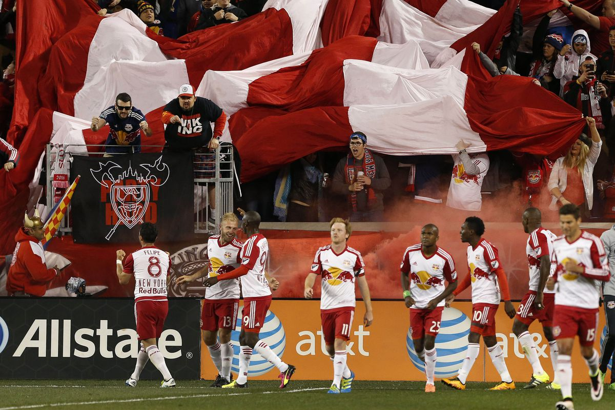 Red Bulls celebrate a four goal win